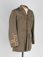 Service tunic worn by Lieutenant William F Campbell, The Royal Sussex Regiment, 1903 (c)