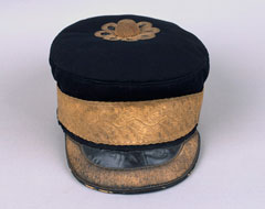 Forage cap, Major Frederick Maude, 3rd (East Kent) Regiment of Foot, 1855 (c)