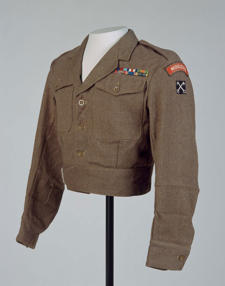 Battle dress blouse, Captain Alfred Rowe, Royal Corps of Signals and Middlesex Regiment (Duke of Cambridge's Own), 1949 (c)