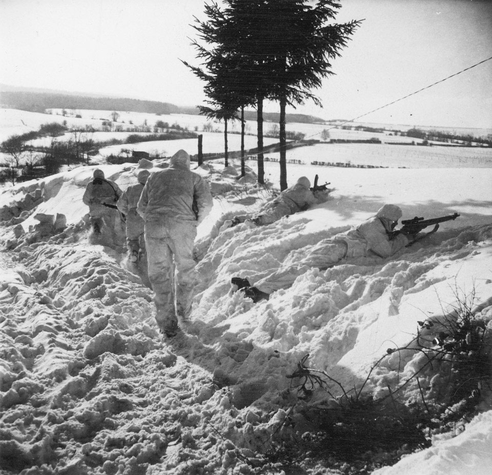 Men of 6th Airborne Division on recce patrol, 14 January 1945