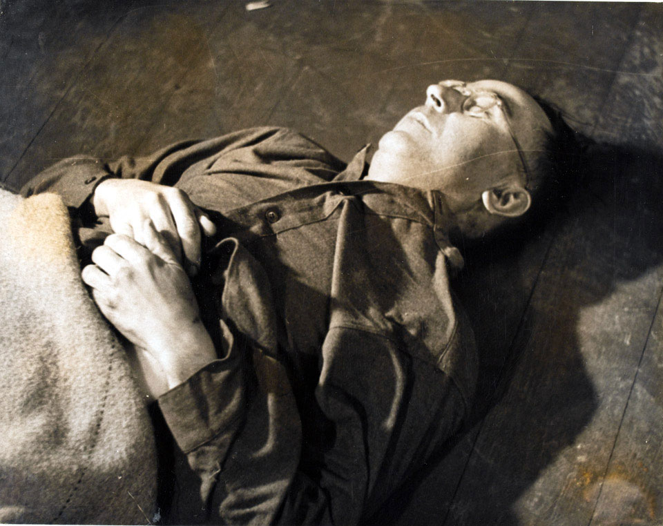 Heinrich Himmler's body at 2nd Army Headquarters at Lüneberg, after he had poisoned himself, May 1945