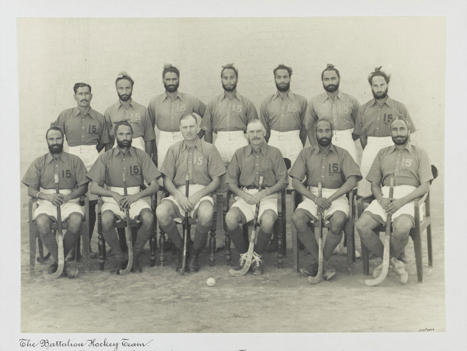 Hockey team, 2nd Royal Battalion (Ludhiana Sikhs), 11th Sikh Regiment, 1935 (c)