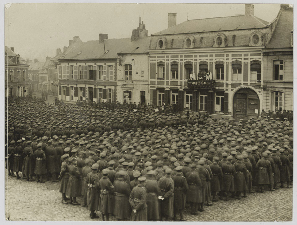 Thanksgiving service at Le Quesnoy, 11 November 1918