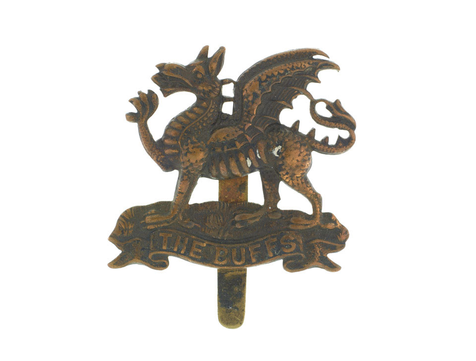 Cap badge belonging to Acting Corporal William Cotter VC, 6th Battalion, The Buffs (East Kent Regiment), 1916 (c)