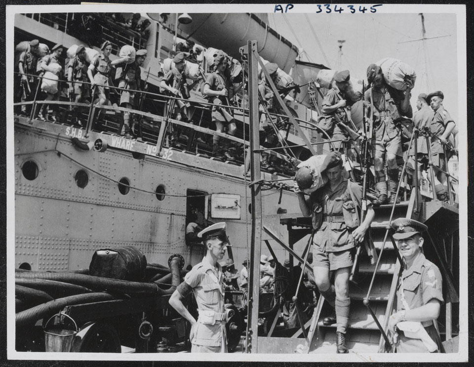 1st Battalion, The Royal Inniskilling Fusiliers, arriving at Singapore at the start of the Malayan insurgency, 5 August 1948