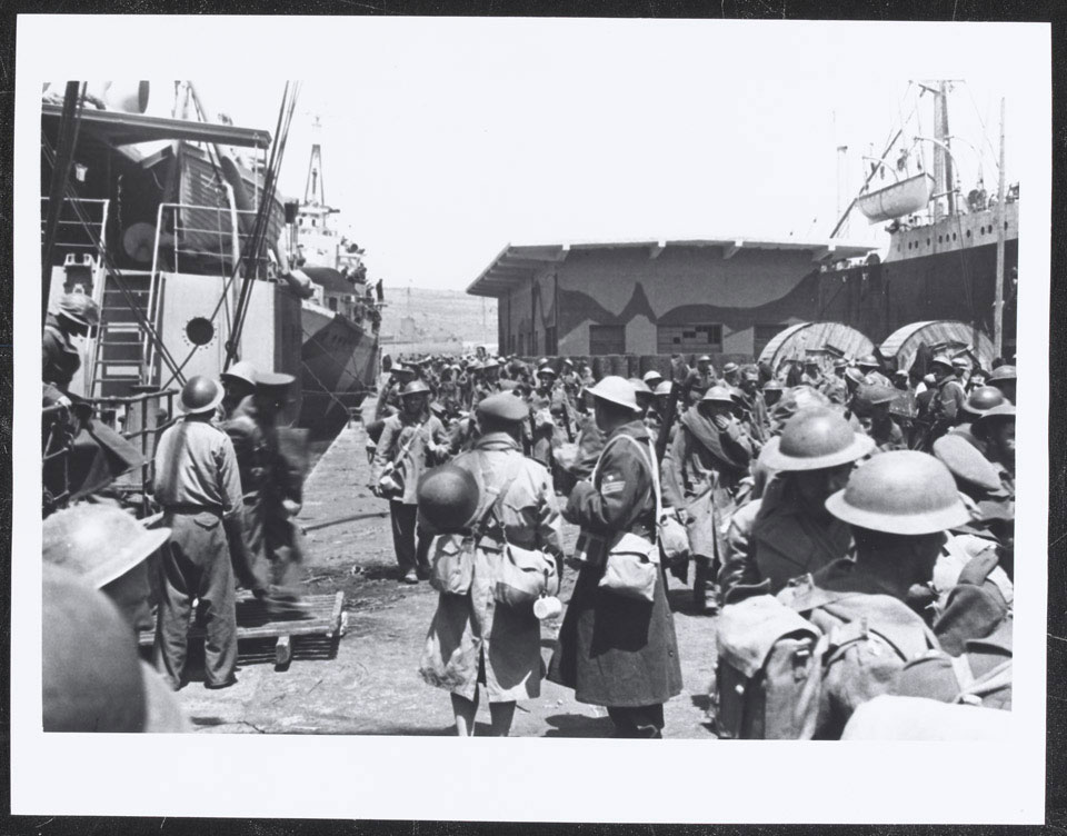 Allied troops arrive in Crete after the evacuation, 1941