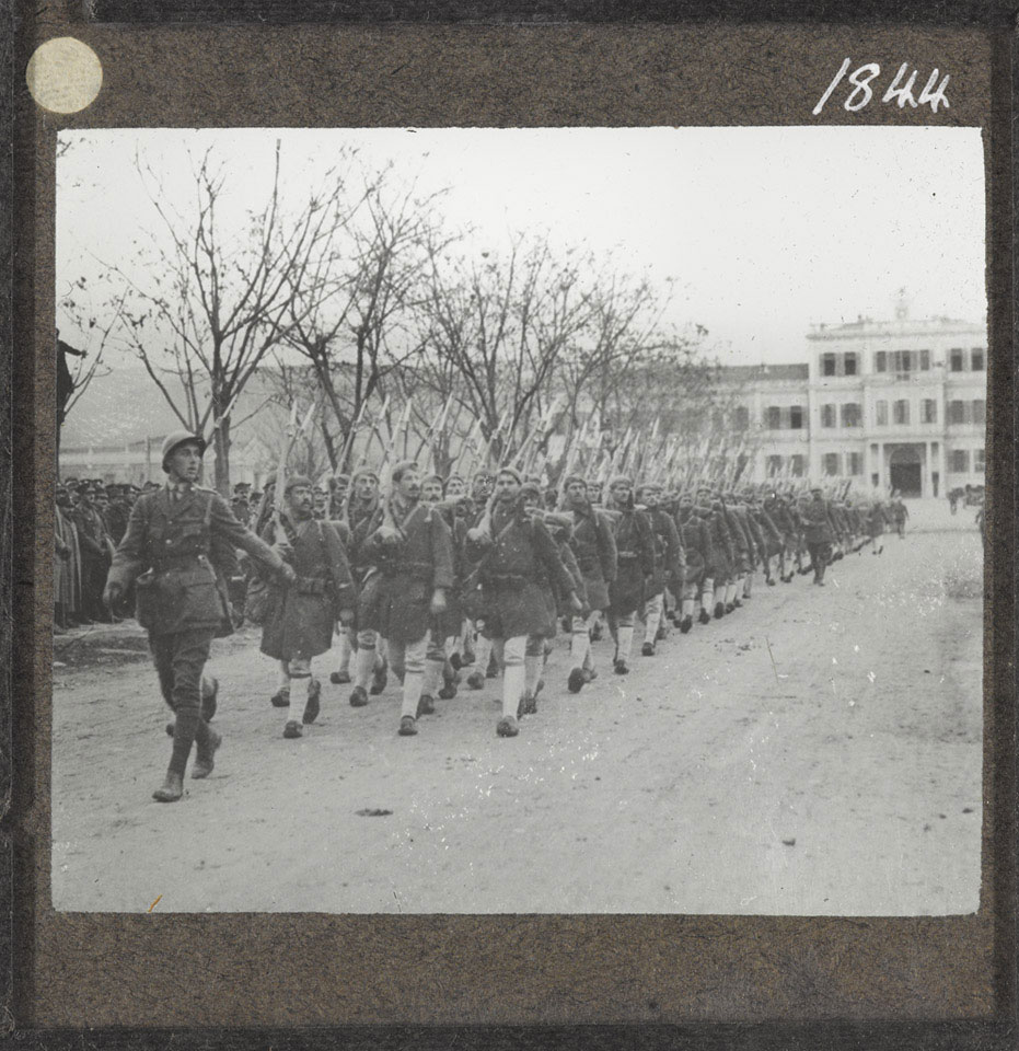 Greek soldiers arrive at Salonika, 1917