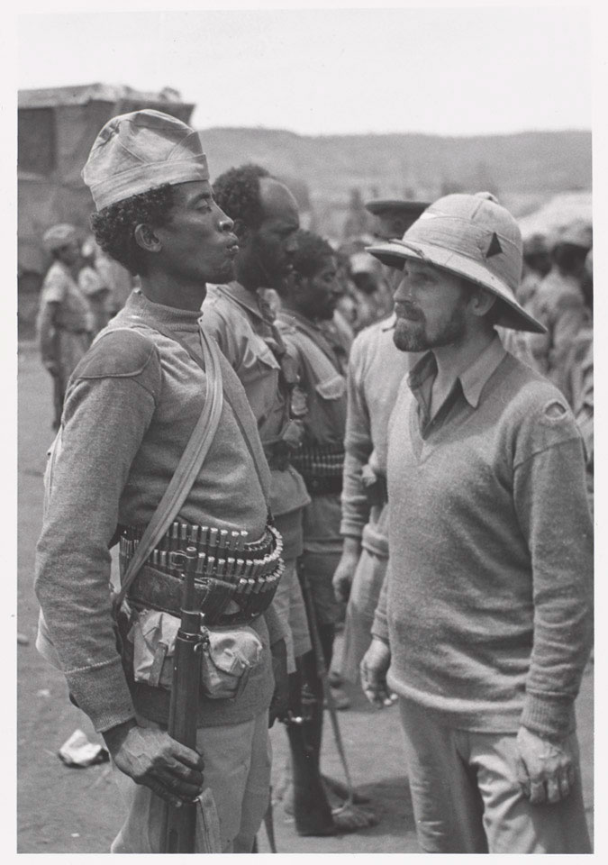 Major Orde Wingate inspecting a soldier of the 2nd Ethiopian Battalion, 1941 (c)